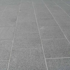 Blue/Grey Granite Paving per mtr