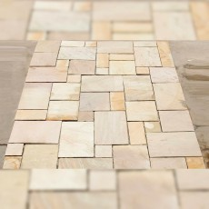 Sandstone Fossil Mint Riven Paving per mtr