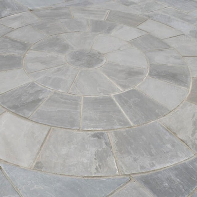 Hand Cut Circle Grey Sandstone Paving 3.6m